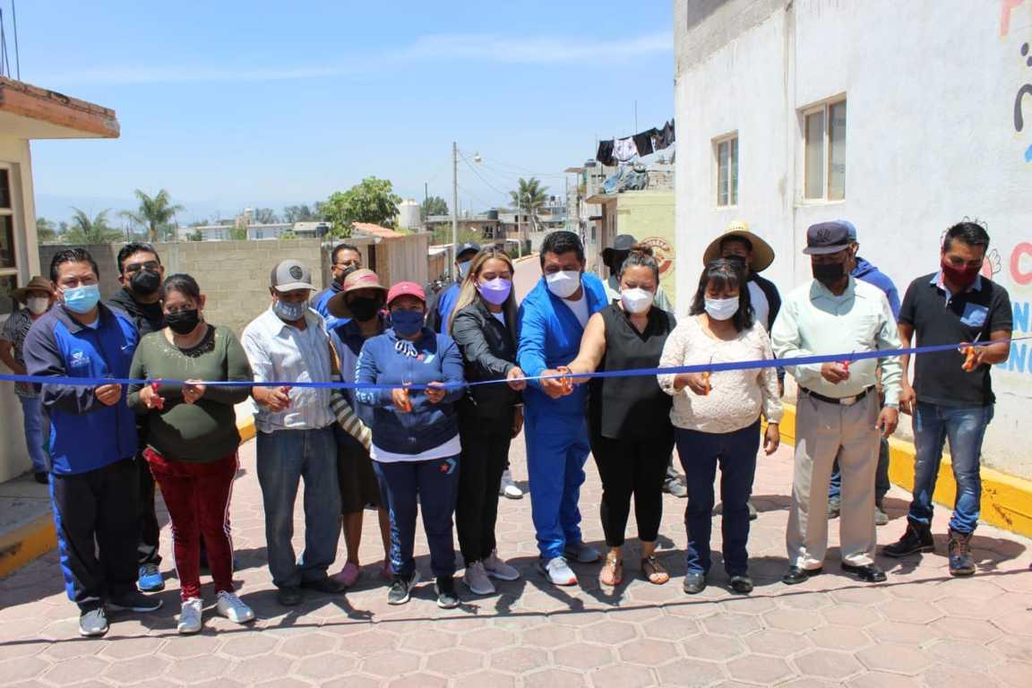 Inauguran tercera etapa de la calle Marcos Mota en Villa Alta