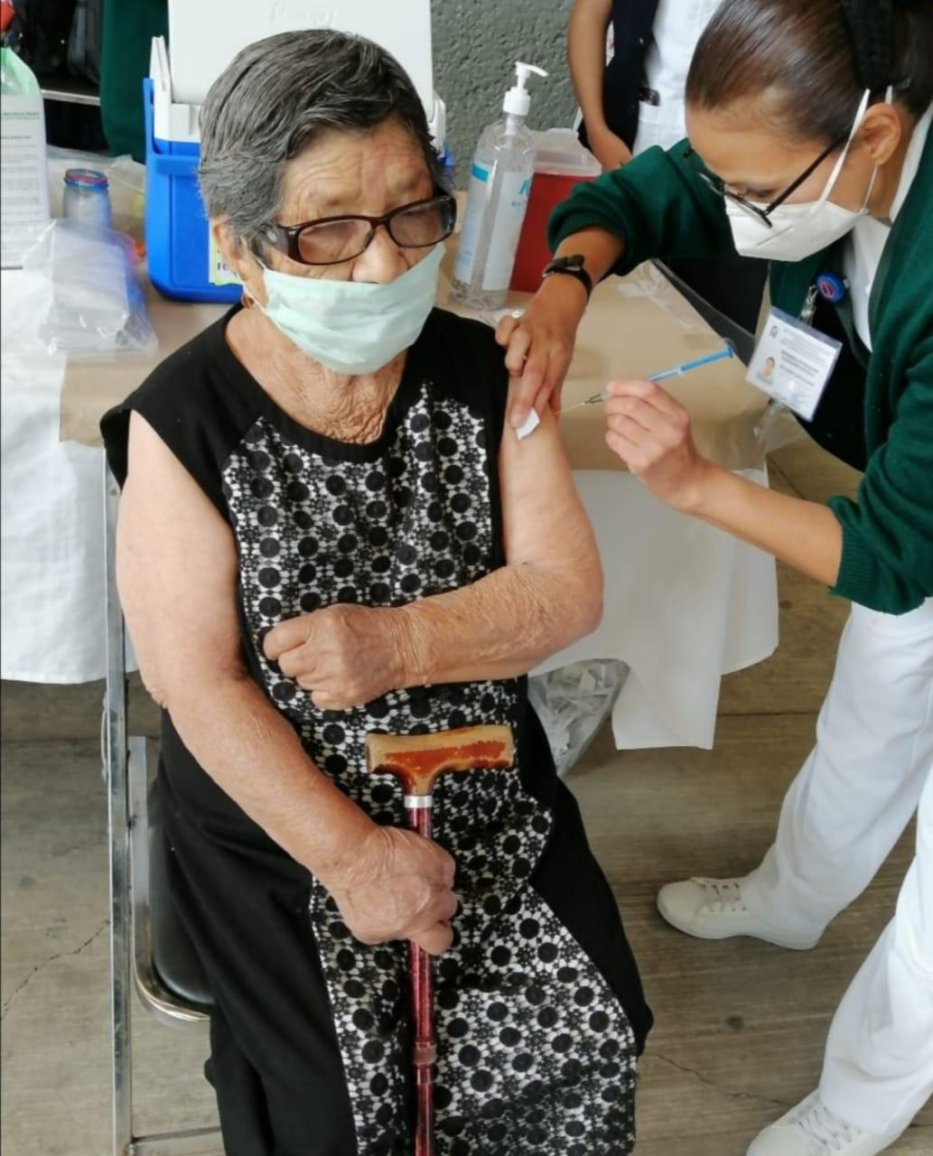Sector salud beneficiará a 2 mil 500 personas con la vacuna contra el coronavirus en Papalotla