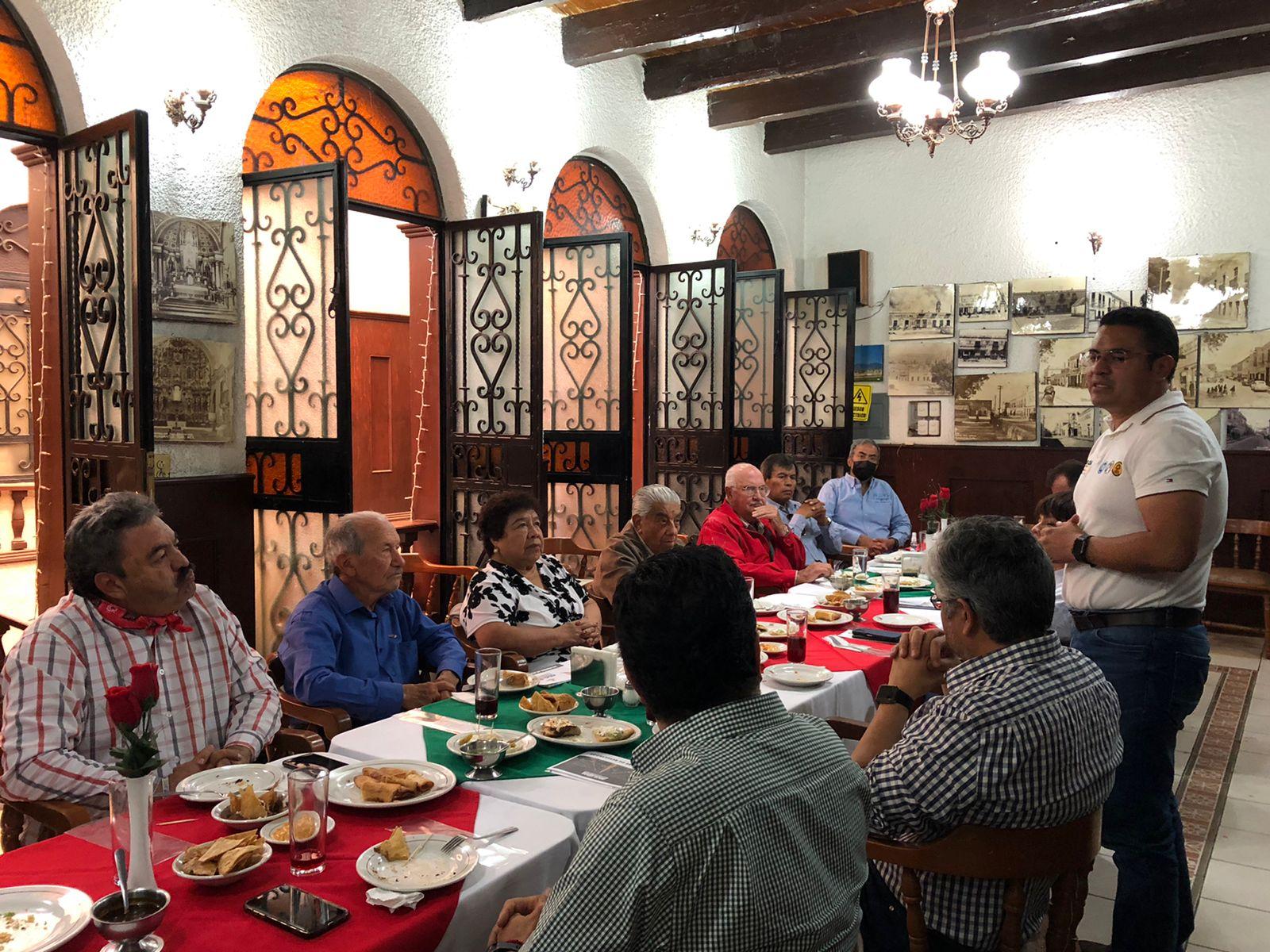 Diferentes personalidades políticas apoyan proyecto de Julio César Hernández