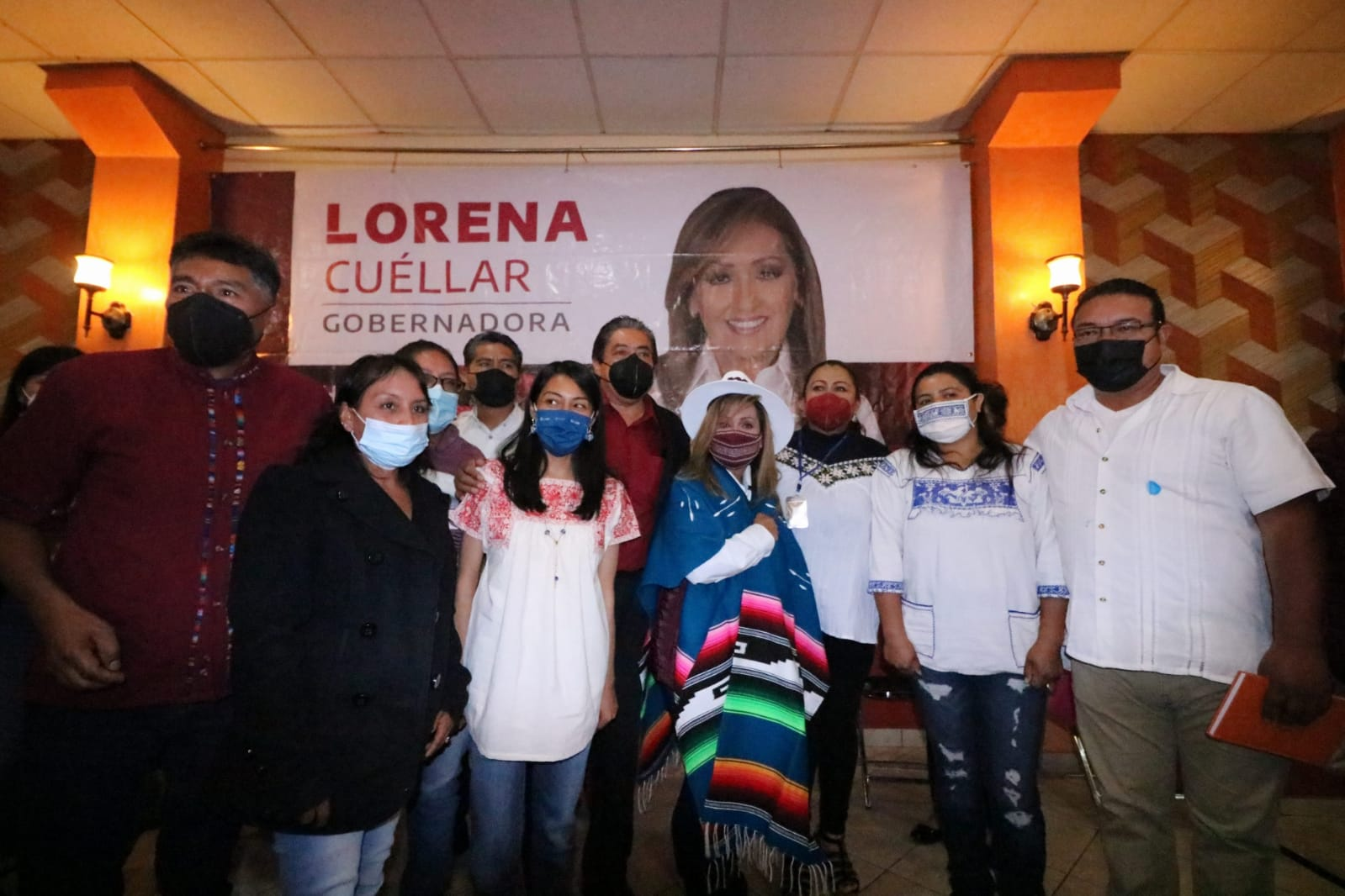 53 organizaciones de artesanos se suma a Lorena Cuéllar