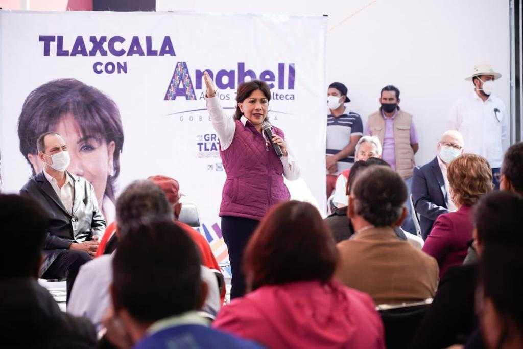 Anabell Ávalos reafirma 10 compromisos en el municipio de Chiautempan