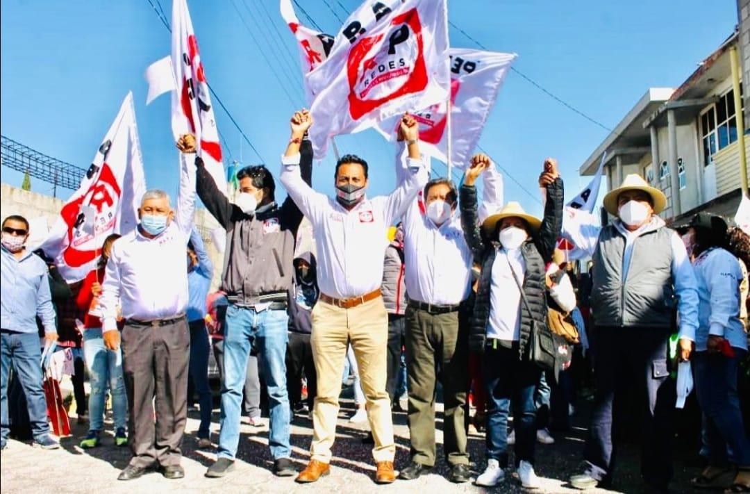 SAGA y René Fujiwara brindan su apoyo a Rafael Bautista en Santa Cruz