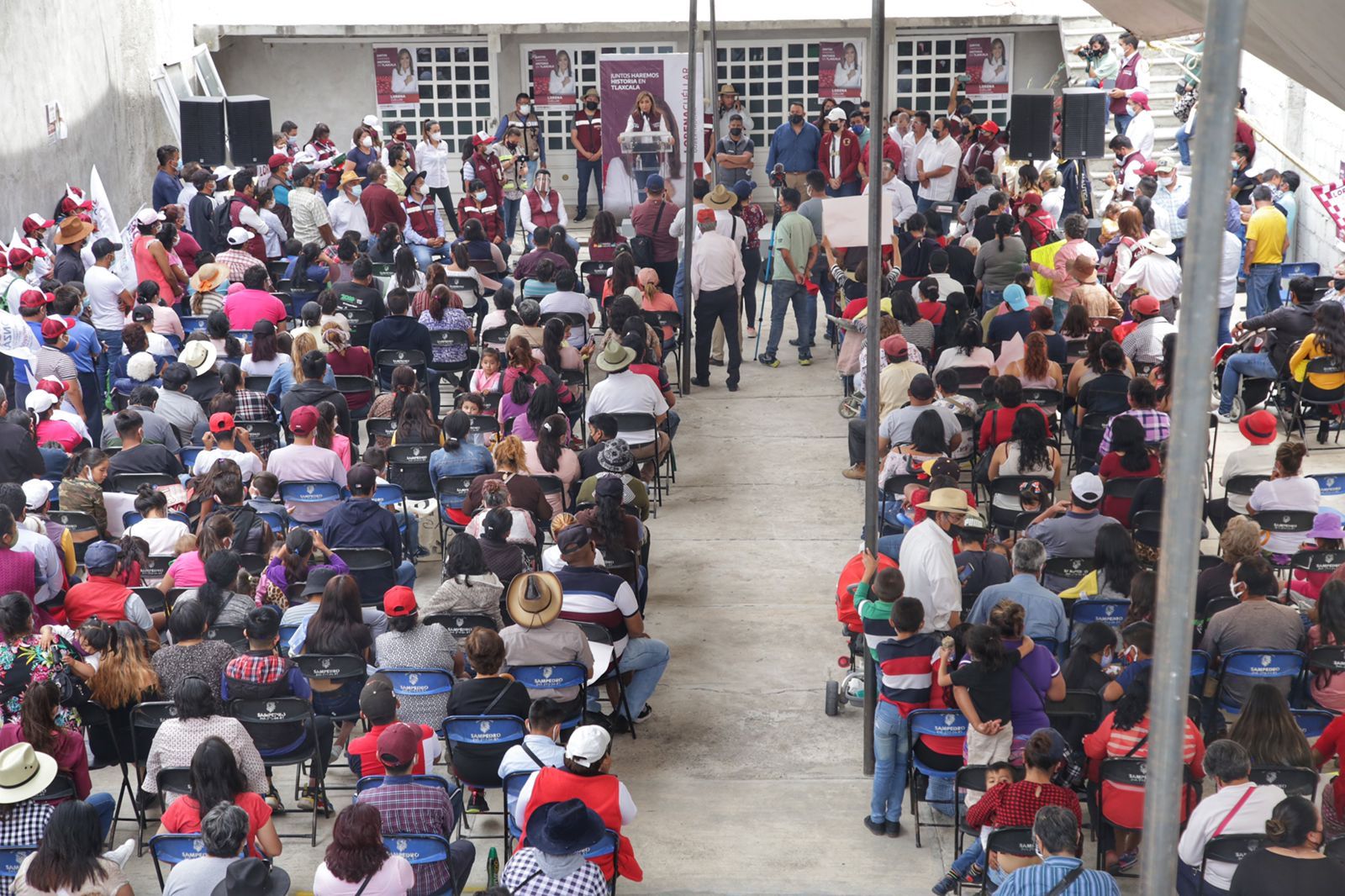 Lorena Cuéllar, presente en el arranque de campaña de Víctor Castro