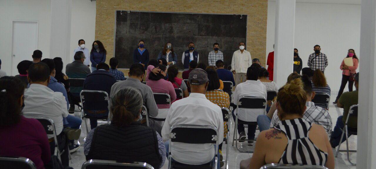 Van los trabajadores del 7 de mayo con el proyecto de Ángelo Gutiérrez en Apetatitlán