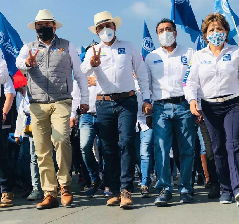 Se impone Pablo Badillo con multitudinario cierre de campaña