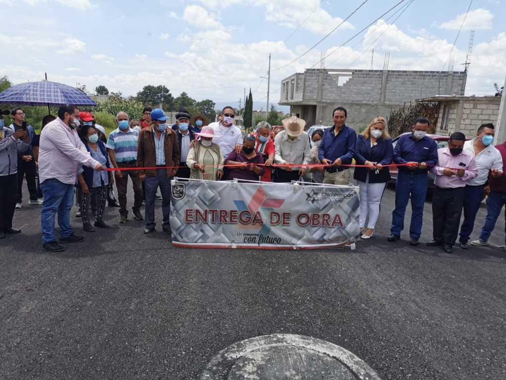 Continúa entregando obras a las comunidades Héctor Dominguez