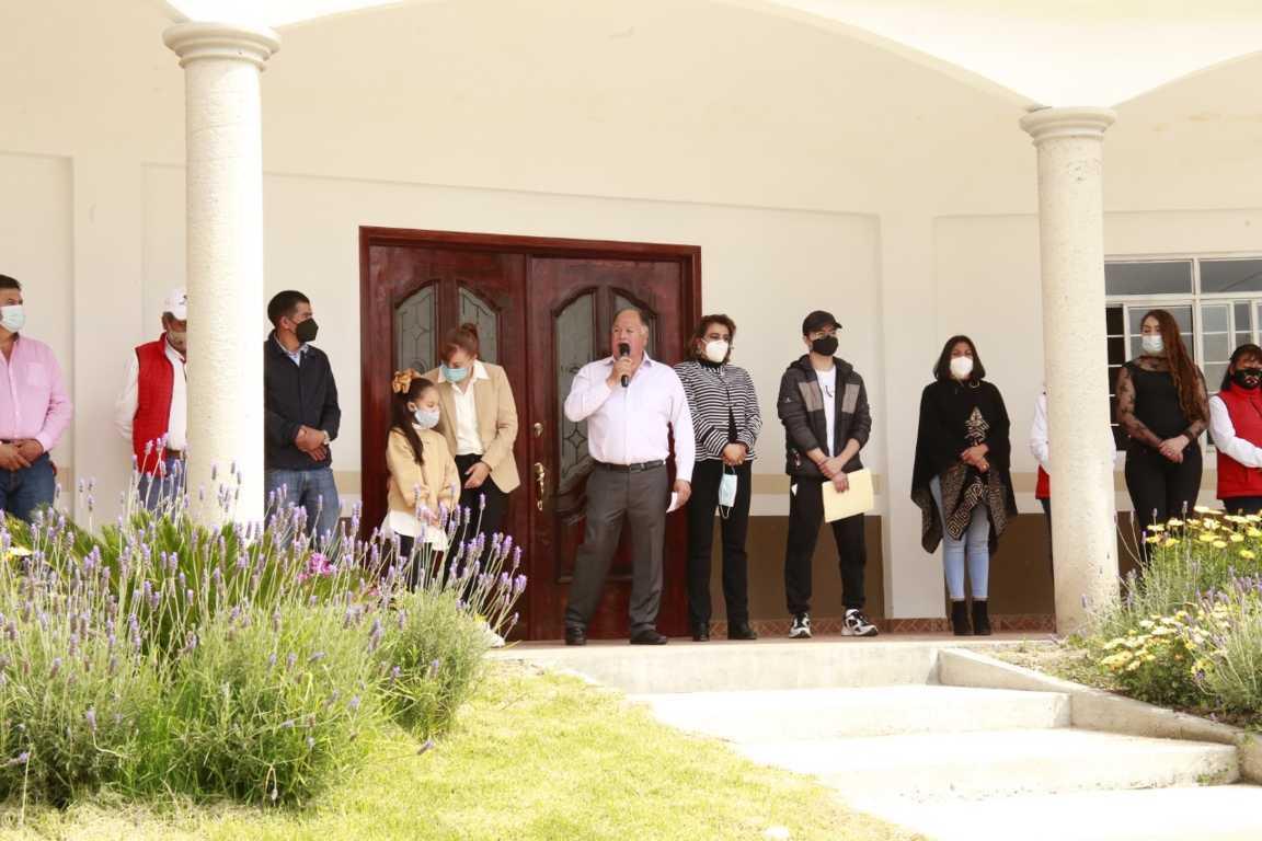 Hoy Atlangatepec tiene una casa del abuelo: Macías González