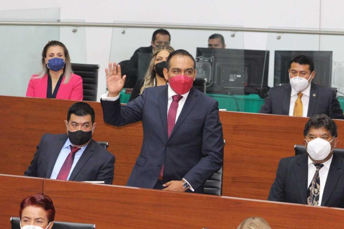 Toma protesta Caballero Yonca, como diputado local de la LXIV legislatura