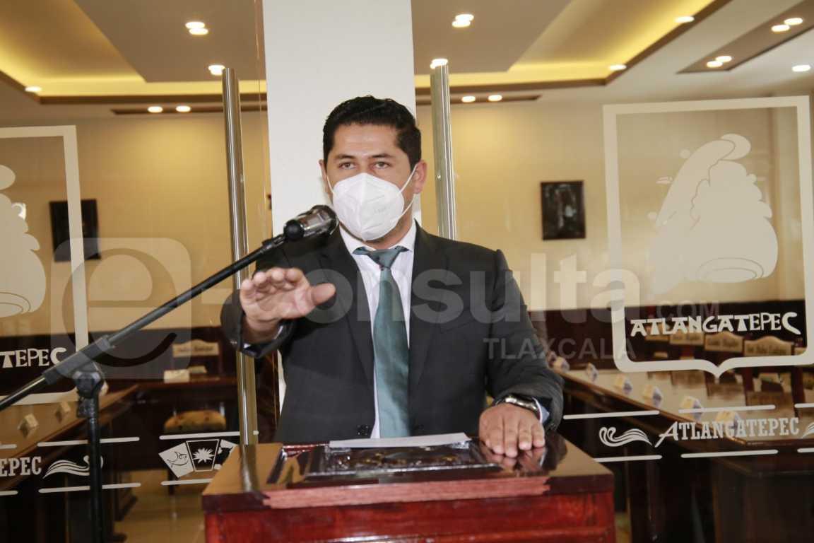 Alfredo Ponce asume la presidencia municipal de Atlangatepec