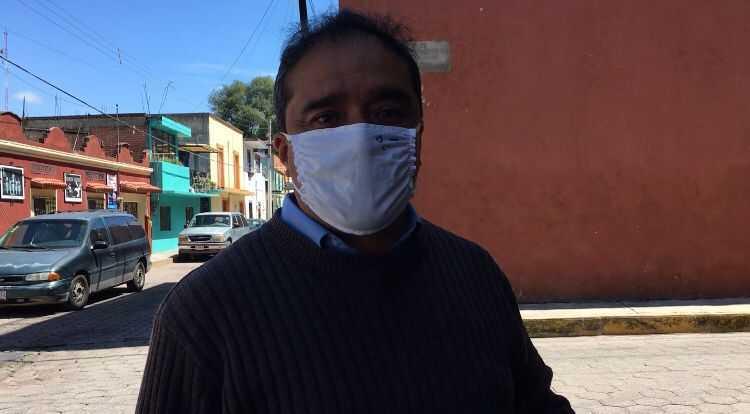 Vecinos de Apetatitlán aplauden regreso de Tianguis al zócalo municipal