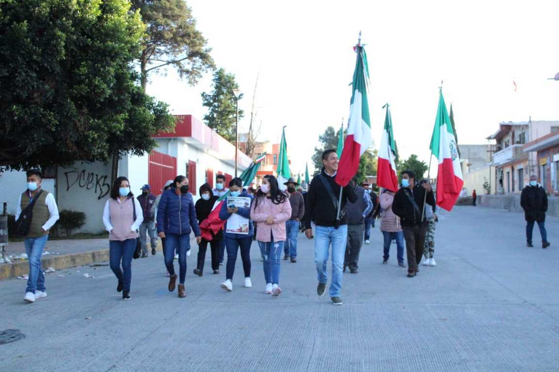 Realizan pego de Bandos Solemnes por Fiestas Patrias en Tlaltelulco