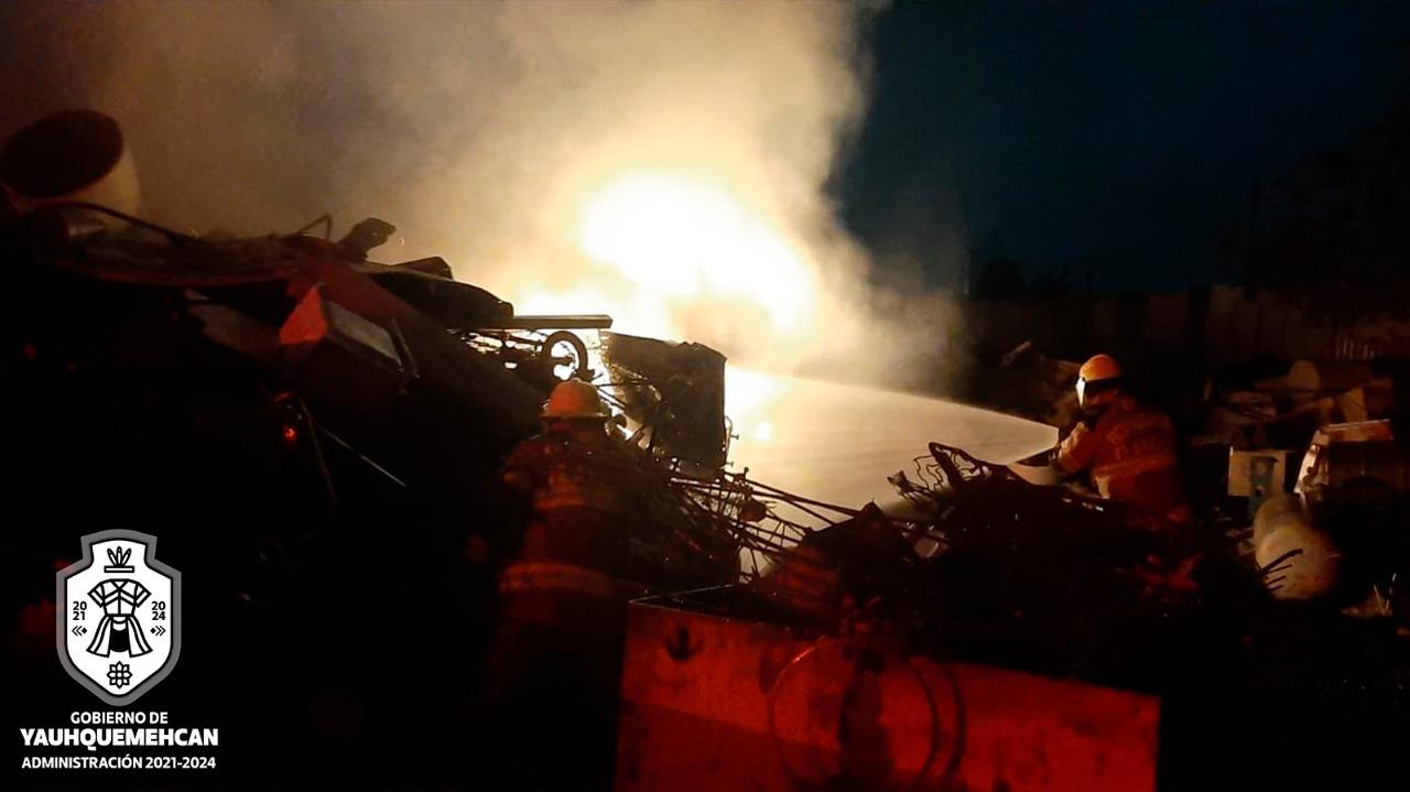 Atendió Protección Civil de Yauhquemehcan incendio en tiradero industrial
