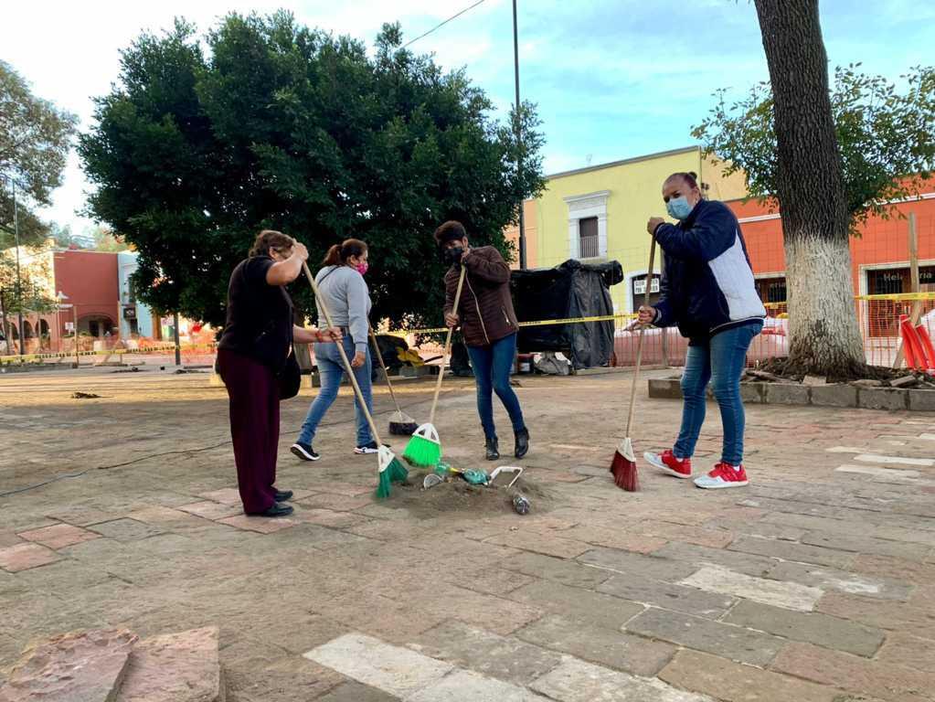 Presidentes de comunidades, regidores y funcionarios de Tlaxcala se suman a jornadas de embellecimiento de la ciudad