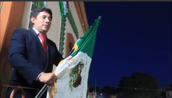 Alcalde de Santa Cruz da el Grito de Independencia a través de redes sociales