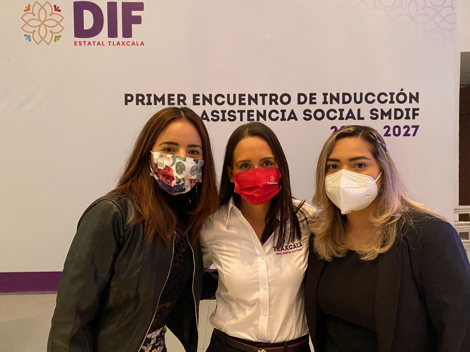 El SMDIF de Apetatitlán asisten a la primera reunión de los sistema DIF municipales