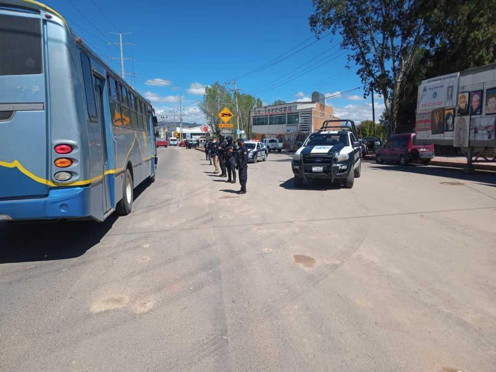 Seguridad Pública de Tlaltelulco brinda apoyo en vía corta tras la llegada de AMLO