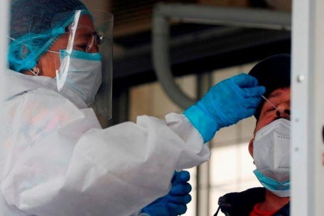 Guatemaltecos agreden a personal de salud por enfermarlos con vacunas Covid