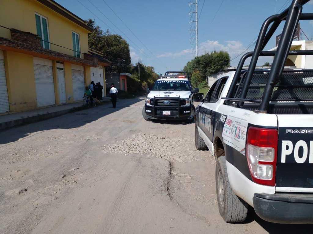 Policía municipal de Tlaltelulco auxilia a ciudadanos víctimas de robo en transporte público