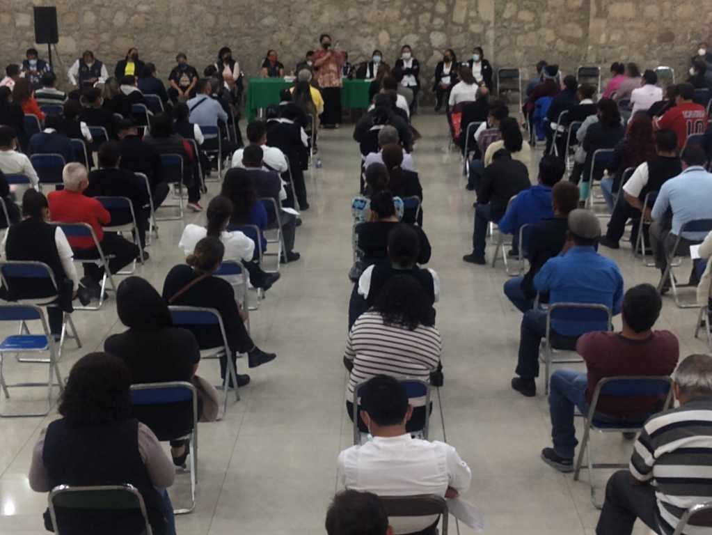 Alrededor de 250 trabajadores de la salud de Huamantla se reúnen con BAL