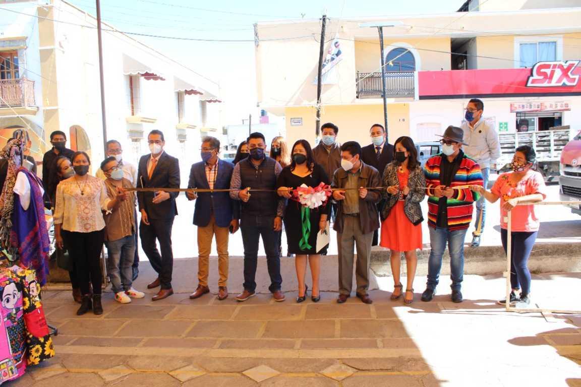 Reactivar la economía de los artesanos, prioridad para el Gobierno Municipal: Eddy Roldán