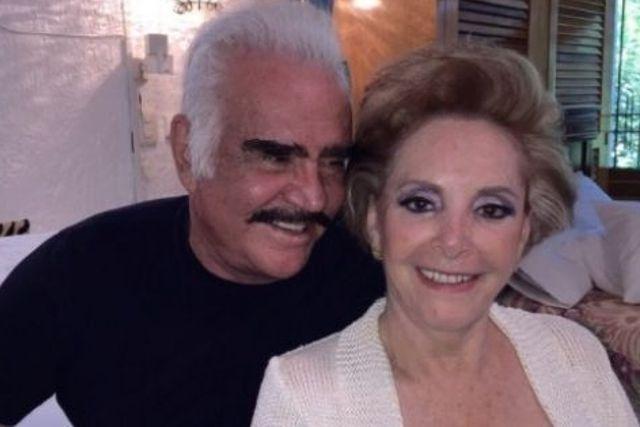 Doña Cuquita revela si  sacarán del hospital o nó a Vicente Fernández