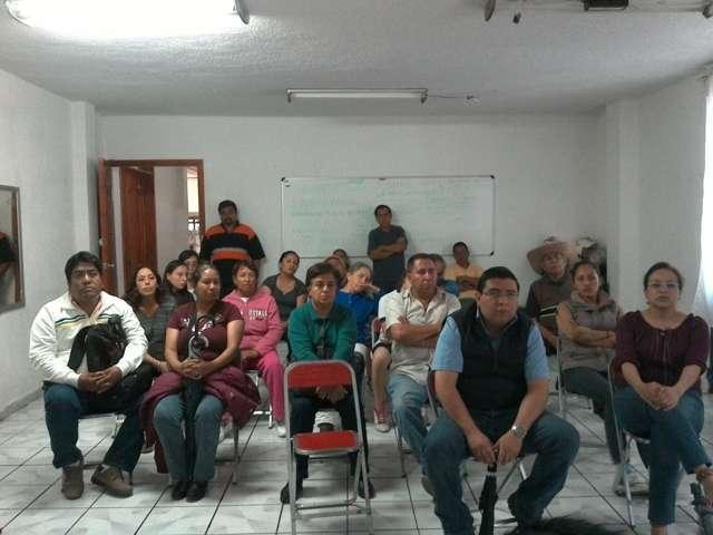 Conforman comisión vecinal de obra para calle Los Rizos en Texóloc