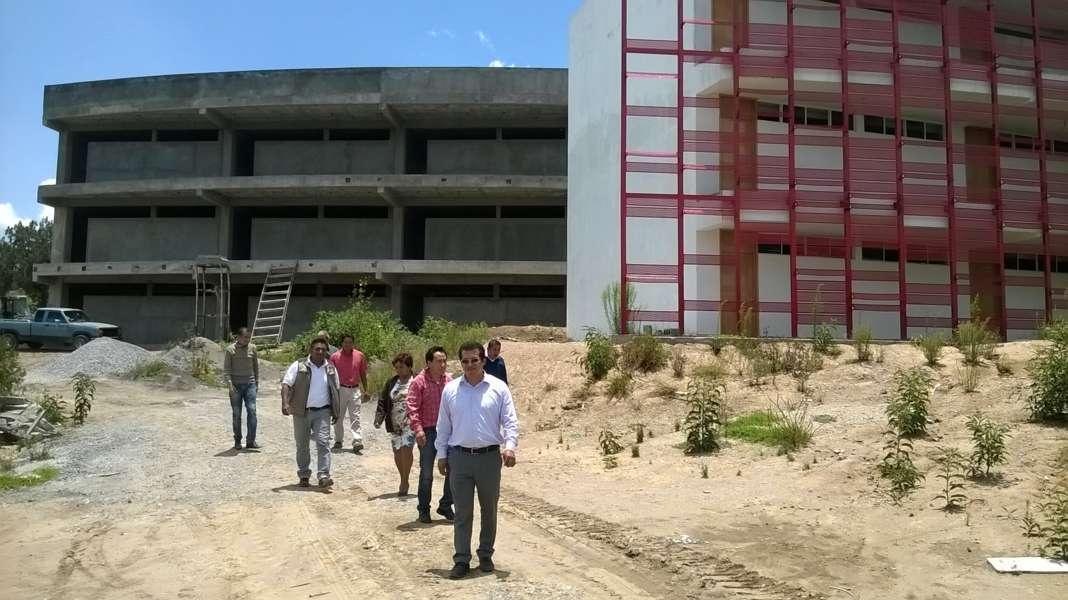 Avanza 90% construcción de la Facultad de la UAT en Amaxac