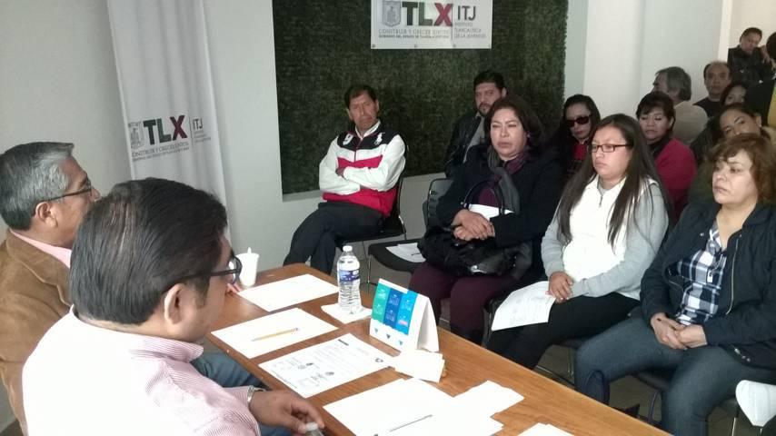 Alcalde presenta a directivos de escuelas cronograma de actividades 2018