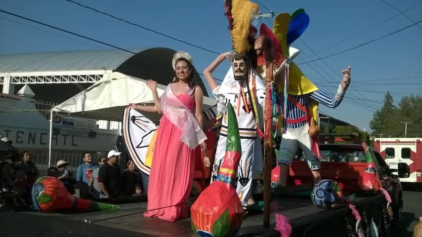 Carnaval Totolac 2018 finalizo con un desfile de las 24 camadas de huehues