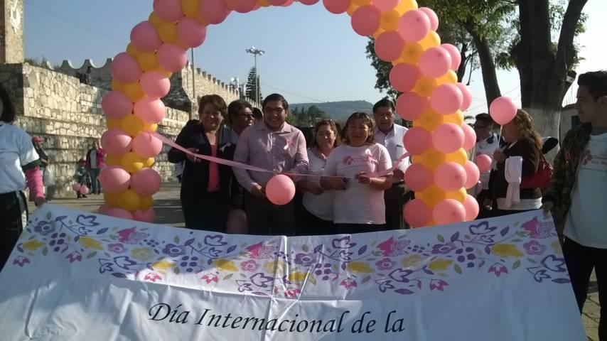 Pérez Briones encabeza festejos del Día Internacional de la Mujer
