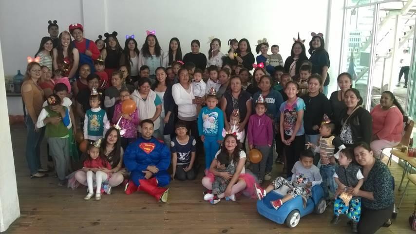 El DIF municipal de SPM apapacha a niños y niñas en su día que asisten a la UBR