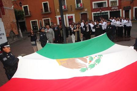 La patria y libertad es un legado de los héroes patrios: alcalde