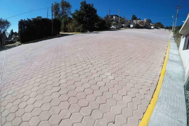 Pavimenta Secoduvi calles de Xaltocan, Zacualpan y Quilehtla