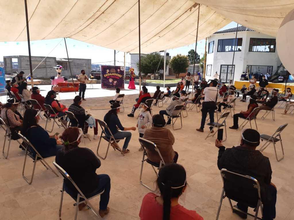 Premian a niños que participaron en la convocatoria Compartiendo Tradiciones