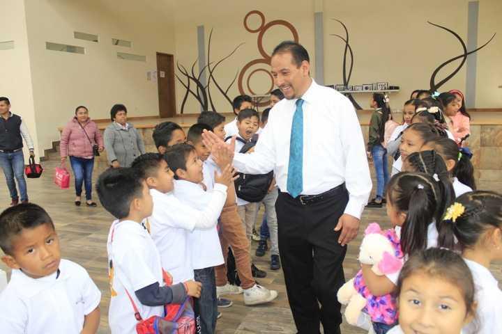 Ayuntamiento con divertidas actividades clausuran curso de verano 2019