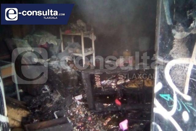 Explota negocio de cohetes en Zacatelco, solo hubo daños materiales