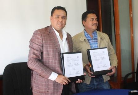 ICATLAX y Ayuntamiento de Yauhquemehcan firman convenio