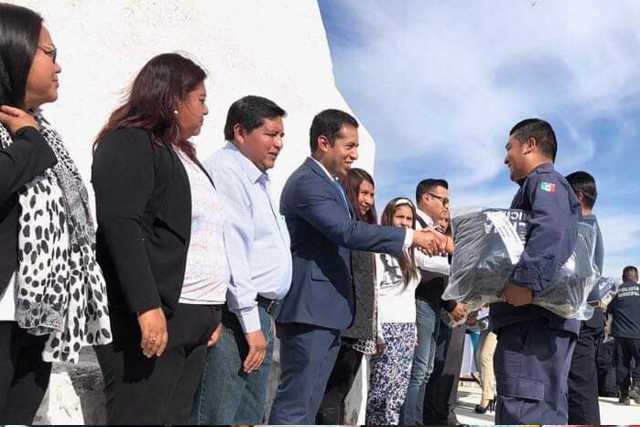 Además de amorosos también los policías de Tepeyanco son corruptos