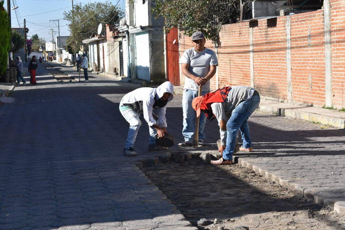 Alcalde pone en marcha trabajos de rehabilitación de drenaje en la Lázaro Cárdenas