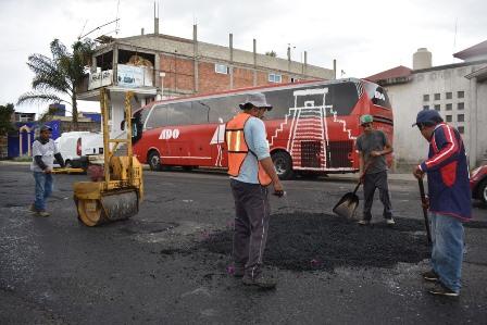Con programa de bacheo mejoran la vialidad Puebla-Tlaxcala