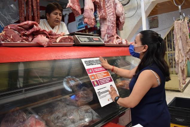 Zacatelco a través de Desarrollo Económico brinda orientación a negocios locales