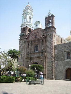 Le cortan la luz a parroquia de Zacatelco por morosos
