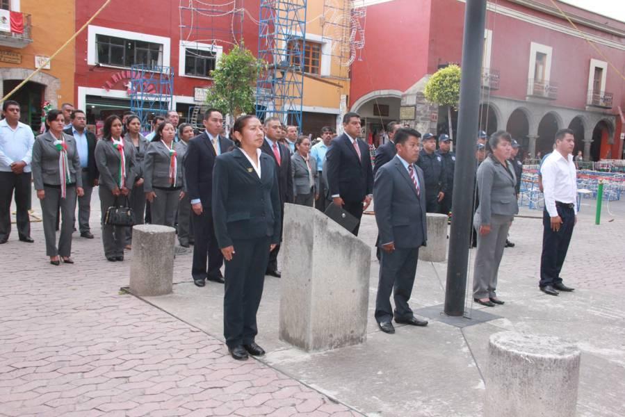 Nóhpal García realizó el Arrío de la Bandera en la capital del Estado