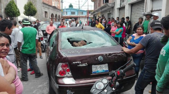 Se prende Zacualpan por inseguridad y robos