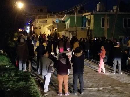 Pobladores de Acuitlapilco intentar linchar a sujeto por omisión de autoridades